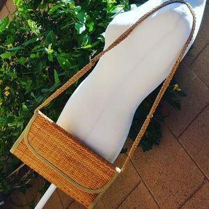 Vintage - Straw Tan & Green Trim Shoulder Bag